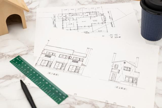 家の設計図と定規