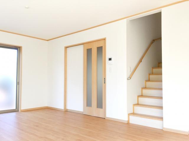 階段のあるリビングルーム