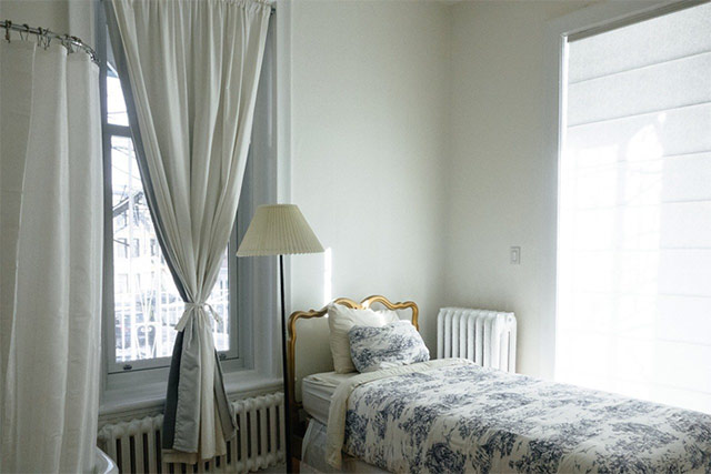 ベッドルーム カーテン
